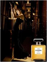 Saga Chanel - Train de Nuit : Affiche